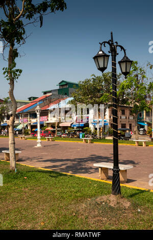 Cambodia, Kampot Province, Kampot city, Old Market area, Street 724, public park lined with old French Colonial properties - Stock Photo