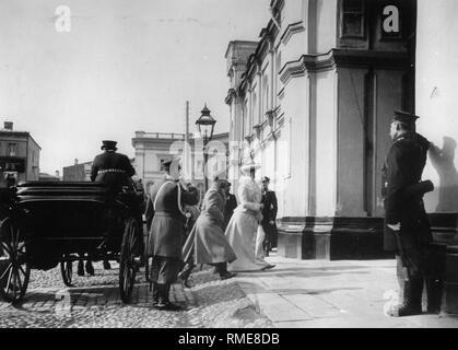 Arrival of Tsar Nicholas II and Tsarina Alexandra Fyodorovna in the Strastnoy Monastery in Moscow. Silver Gelatin Photography