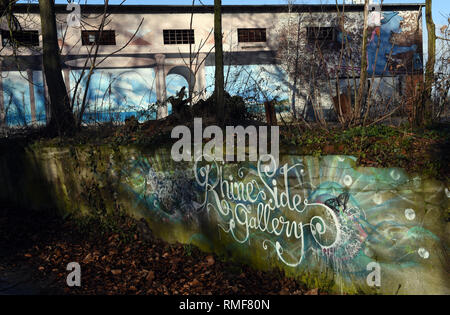 Krefeld, Germany. 11th Feb, 2019. The logo of the 'Rhine Side Gallery' on a wall in front of the Gallery building on the banks of the Rhine in the district of Uerdingen. Credit: Horst Ossinger/dpa/Alamy Live News - Stock Photo