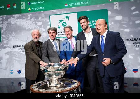 Madrid, Spain. 14th Feb, 2019. (R-L) President of the Spanish Tennis Federation Miguel Diaz Roman, President and founder of Kosmos, FC Barcelona's soccer player Gerard Pique, President of the International Tennis Federation ITF, David Haggerty, Madrid Regional President, Angel Garrido, and general coordinator of the Madrid's Mayor, Luis Cueto, pose for the photographers during the Davis Cup quarters final draw held in Madrid, Spain, 14 February 2019. Davis Cup runs from 18 to 24 November 2019 in Madrid. Credit: Luca Piergiovanni/EFE/Alamy Live News - Stock Photo