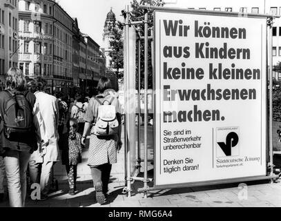 The Verkehrsparlament (Transport Parliament) of the Sueddeutsche Zeitung appeals with its action 'Sicher zur Schule - Sicher nach Hause'  ('Safe to School - Safe Home') to the reason and consideration of drivers (undated photo). Here posters in the Theatriner Strasse in Munich. - Stock Photo