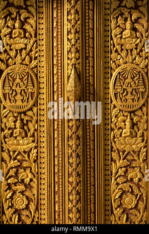 Cambodia, Phnom Penh, City Centre, Royal Palace, Throne Hall door, carved gilded decoration - Stock Photo