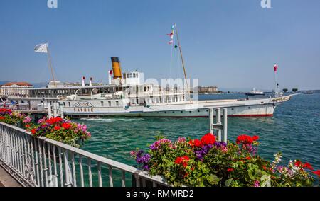Switzerland, Lake Geneva, view of paddle steamer 'Savoie' - Stock Photo