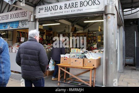 Manchester book stall in the Northern Quarter district of the city centre - Stock Photo