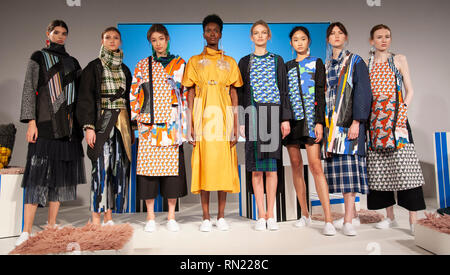 London Fashion Week Cassey Gan S Aw19 Show Took Place Today At Fashion Scout Freemason S Hall Covent Garden London Uk Cassey Fourth From Left Stands With Her Models At The Close Of Her
