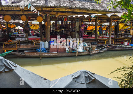 Pataya, Thailand May 13, 2018, Floating Market in holidays,tourism are travel to famous floating market and cultural tourist destination. - Stock Photo