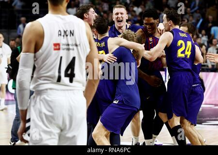 Madrid, Spain. 18th Feb, 2019. Barcelona Lassa players celebrate after winning the basketball King's Cup in Madrid, Spain, after defeating Real Madrid at the WiZink Center in Madrid, Spain, 17 February 2019 (issued 18 February 2019). Credit: Mariscal/EFE/Alamy Live News - Stock Photo