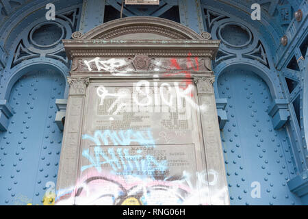 NEW YORK - CIRCA MARCH, 2016: tablet signage on the Manhattan Bridge. The Manhattan Bridge is a suspension bridge that crosses the East River in New Y - Stock Photo