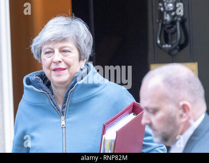London, UK. 20th Feb 2019. Theresa May MP PC, Prime Minister leaves 10 Downing Street, London Credit: Ian Davidson/Alamy Live News - Stock Photo