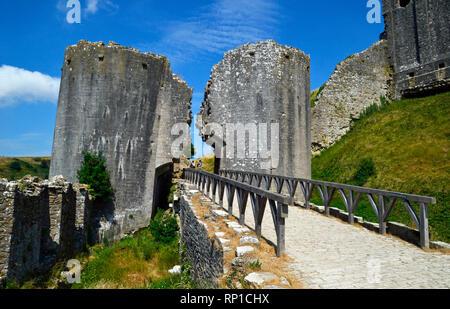 Corfe Castle Castle, Swanage, Isle of Purbeck, Dorset, UK - Stock Photo