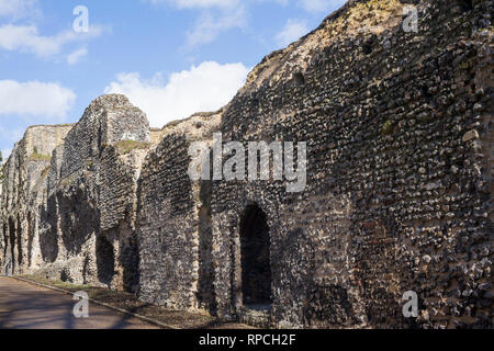 The wall to the ruins of Reading Abbey, Berkshire. - Stock Photo