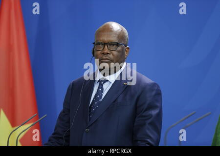 Berlin, Germany. 21st Feb, 2019. President of the Republic of Burkina Faso, Roch Marc Kaboré at the press conference in the Federal Chancellery. Credit: Simone Kuhlmey/Pacific Press/Alamy Live News - Stock Photo