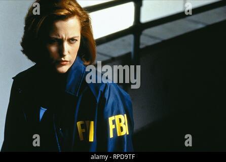GILLIAN ANDERSON, THE X FILES, 1998 - Stock Photo