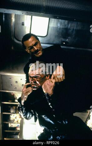 SEAGAL,MCGILL, UNDER SIEGE 2: DARK TERRITORY, 1995 - Stock Photo