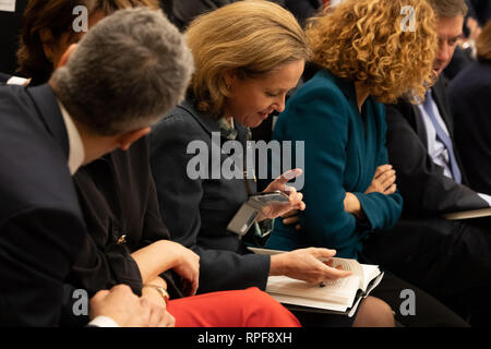 Madrid, Spain. 21st Feb 2019. Minister of Economy and Business, Nadia Calviño reading the book during the act Credit: Jesús Hellin/Alamy Live News - Stock Photo