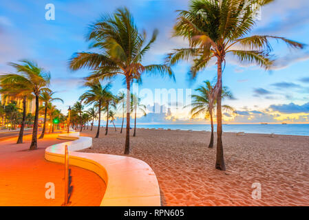 Fort Lauderdale, Florida, USA beach and life guard tower at sunrise. - Stock Photo
