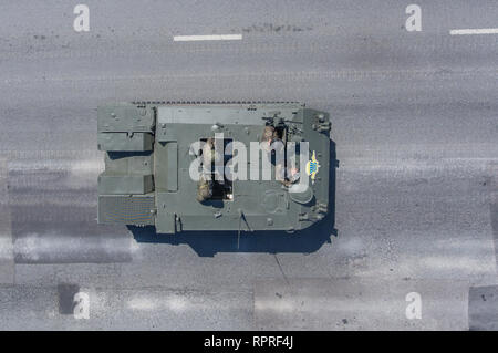 Moscow, May 9, 2018. BTR-MDM 'Rakushka' returns from the Red Square after the Victory Day Parade, top view. - Stock Photo