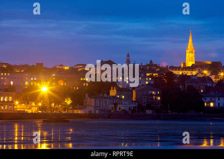 Seafront, Pier, Low tide, Parade, Church, Piles, sea, sand, Ryde, Isle of Wight, England, UK - Stock Photo