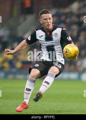 Tynecastle Park, Edinburgh, UK. 23th February 2019. Football. Ladbrokes Premiership league fixture between Hearts and St Mirren; Kyle McAllister of St Mirren Credit: Scottish Borders Media/Alamy Live News  Editorial use only, license required for commercial use. No use in betting. - Stock Photo