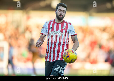London, UK. 23rd Feb, 2019. Yoann Barbet of Brentford during the EFL Sky Bet Championship match between Brentford and Hull City at Griffin Park, London, England on 23 February 2019. Photo by Salvio Calabrese. Editorial use only, license required for commercial use. No use in betting, games or a single club/league/player publications. Credit: UK Sports Pics Ltd/Alamy Live News - Stock Photo