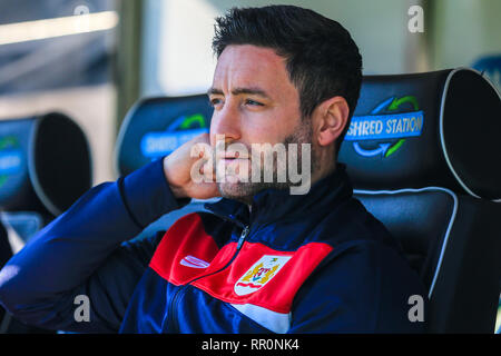 23rd February 2019, Carrow Road, Norfolk, England; Sky Bet Championship, Norwich City vs Bristol City ;  Lee Johnson manager of Bristol City settles in at Norwich ahead of kick-off.  Credit: Georgie Kerr/News Images  English Football League images are subject to DataCo Licence - Stock Photo