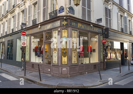 EKYOG fashion shop in old Boulangerie shop on Rue des Francs Bourgeois, in the fashionable Le Marais district of Paris, France - Stock Photo