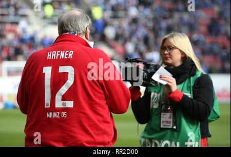 Mainz, Deutschland. 23rd Feb, 2019. firo: 23.02.2019 Football, Football: 1. Bundesliga, Season 2018/2019 FSV FSV Mainz 05 - FC Schalke 04 3: 0 Klaus Hafner, Stadium Spokesman FSV Mainz | usage worldwide Credit: dpa/Alamy Live News - Stock Photo