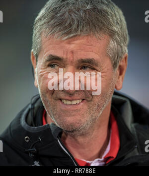Duesseldorf, Deutschland. 23rd Feb, 2019. coach Friedhelm FUNKEL (D) Soccer 1.Bundesliga, 23.matchday, Fortuna Dusseldorf (D) - FC Nuremberg (N), 23.02.2019 in Duesseldorf/Germany. ## DFL regulations prohibit any use of photographs as image sequences and/or quasi-video ## | usage worldwide Credit: dpa/Alamy Live News - Stock Photo