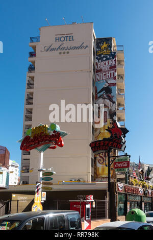 Benidorm, Costa Blanca, Spain, 25th February 2019. Two staff members at the Beachcomber pub in Benidorm New Town on the British square. Two British tourists have been arrested in relation to the alleged attack. Seen here are the Ambassador Hotel and the Western Saloon which are not connected to the reported incident. Credit: Mick Flynn/Alamy Live News - Stock Photo