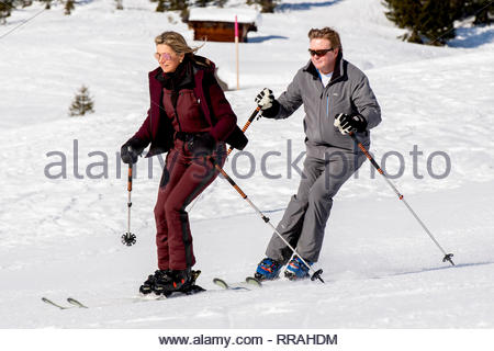 Lech, Austria. 25th Feb, 2019. LECH - King Willem-Alexander and Queen Maxima take their daughters to Austria for annual ski holiday. Credit: Niels Wenstedt/Alamy Live News - Stock Photo