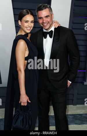 BEVERLY HILLS, LOS ANGELES, CA, USA - FEBRUARY 24: Jessica Alba and husband Cash Warren arrive at the 2019 Vanity Fair Oscar Party held at the Wallis Annenberg Center for the Performing Arts on February 24, 2019 in Beverly Hills, Los Angeles, California, United States. (Photo by Xavier Collin/Image Press Agency) - Stock Photo