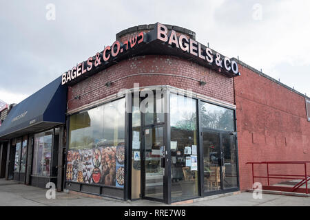 BAGELS & Co., a kosher restaurant on Union Turnpike in Fresh Meadows, Queens, new York City. - Stock Photo