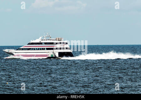 New London, Connecticut, USA – 27 July 2017: The SEA JET is a high-speed passenger-only service, crossing between New London, CT and Orient Point, NY  - Stock Photo