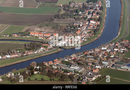 aerial view of East and West Stockwith villages, either side of the River Trent where it joins the River Idle, Nottinghamshire - Stock Photo
