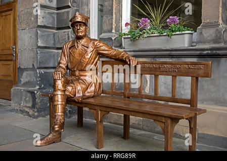 Statue of the Polish war hero General Stanislaw Maczek at the City Chambers on The Royal Mile in Edinburgh's Old Town. - Stock Photo