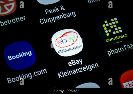 Smartphone Display Ext Ebay Display App Stock Photo 247291544 Alamy