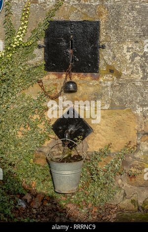 The Lockit Well in the historic village of Culross, Fife. - Stock Photo