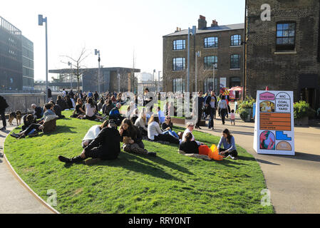 Early spring sunshine on Wharf Road Gardens near Granary Square at Kings Cross, north London, UK - Stock Photo