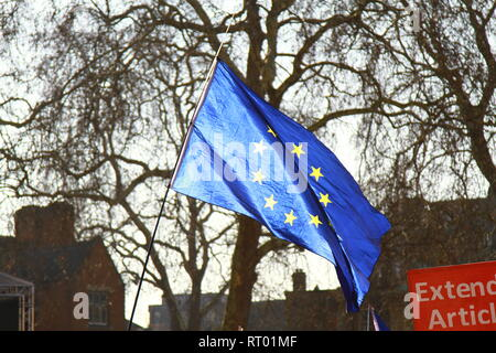 BUNTING FLAGS DISPLAY ON THE STREETS IN WESTMINSTER, LONDON, UK. PATRIOTISM. PRO EUROPE. EXPRESSION. FREEDOM OF SPEECH. PARTIOTIC. REMAIN IN EUROPE. ANTI BREXIT. STOP BREXIT PROTEST. REMAINERS. PRO EU. - Stock Photo
