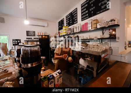 Cafelix Artisan coffee shop in Tel-Aviv. - Stock Photo