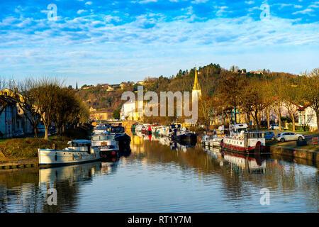 Village de Moissac Tarn et Garonne Occitanie France Europe 82 - Stock Photo