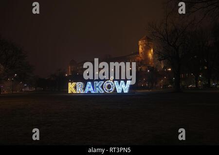 Wawel Royal Castle at night in  Kraków, Poland - Stock Photo