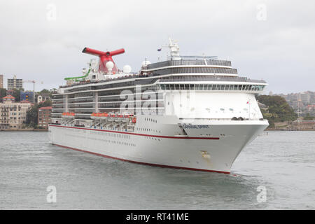Carnival Spirit cruise ship departs Sydney, Australia - Stock Photo