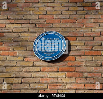 Blue Plaques celebrating individuals who organised and developed the annual Notting Hill Carnival: Leslie Palmer - Stock Photo
