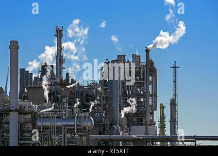 Industrial estate showing BASF chemical production site in the port of Antwerp, Belgium - Stock Photo