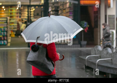 Southport, Merseyside. 28th February, 2019. UK Weather. Wet start to the day with further rain forecast for the weekend. Credit:MWI/AlamyLiveNews - Stock Photo