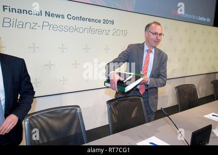 Leverkusen, Deutschland  27th Feb, 2019  Liam CONDON, Management