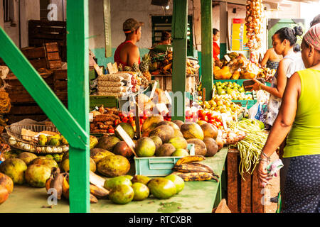 Havana, Cuba - 25 July 2018: People shopping at a local outdoor market in Havana Cuba. - Stock Photo
