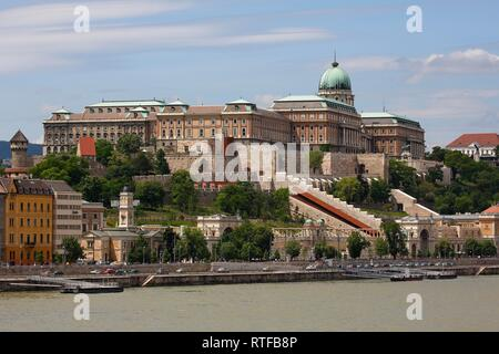 Castle palace at the Danube seen from the Pest district, Castle quarter, Budapest, Hungary - Stock Photo