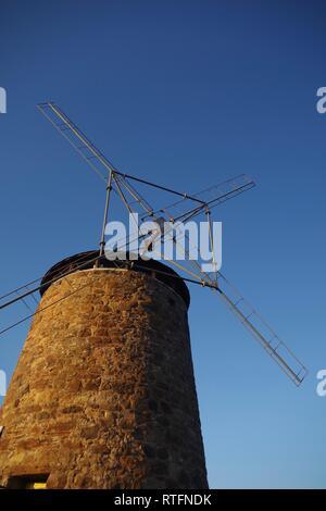 St Monans Windmill in the Golden Light of a Summer's Evening. Fife, Scotland, UK. - Stock Photo